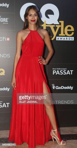 Indian model Ujjwla Raut poses for a picture during the 'GQ Style Awards 2018' ceremony in Mumbai late on March 31 2018 / AFP PHOTO / Sujit Jaiswal
