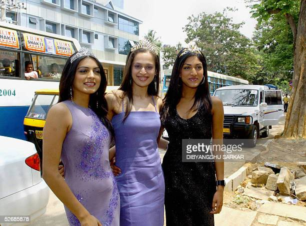Indian models and winners of the recently concluded Miss India 2005 contest L/R Niharika Singh 'Earth' Amrita Thappar 'Universe' and Sindhura Gadde...