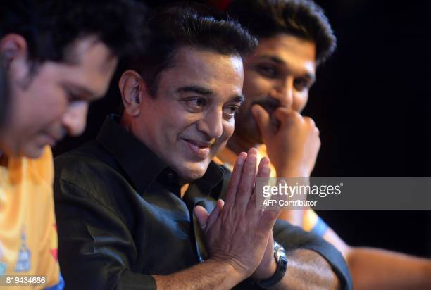 Indian movie actor Kamal Hassan gestures during the launch of the 'Tamil Thalaiva' Pro Kabbadi team in Chennai on July 20 2017 / AFP PHOTO / ARUN...
