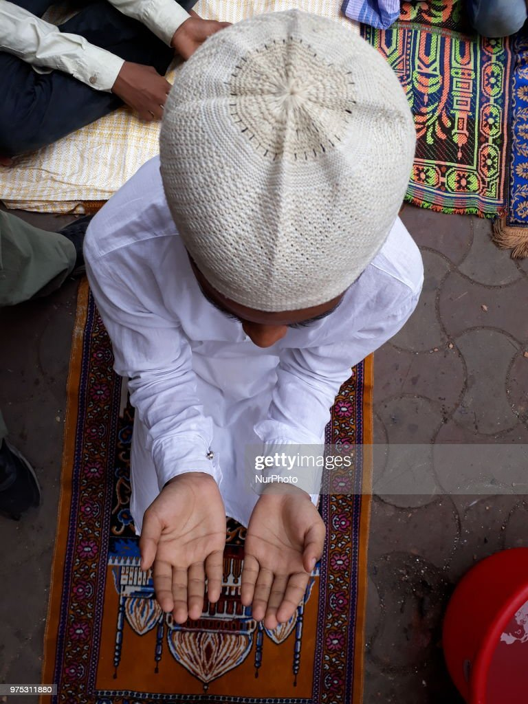 Indian Muslim Last Friday Pray on the Road at the Ramadan month on June 15,2018 in Kolkata city in India.