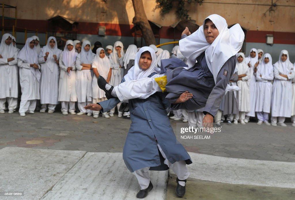 """Indian Muslim schoolgirls perform """"Vovinam"""", the ..."""