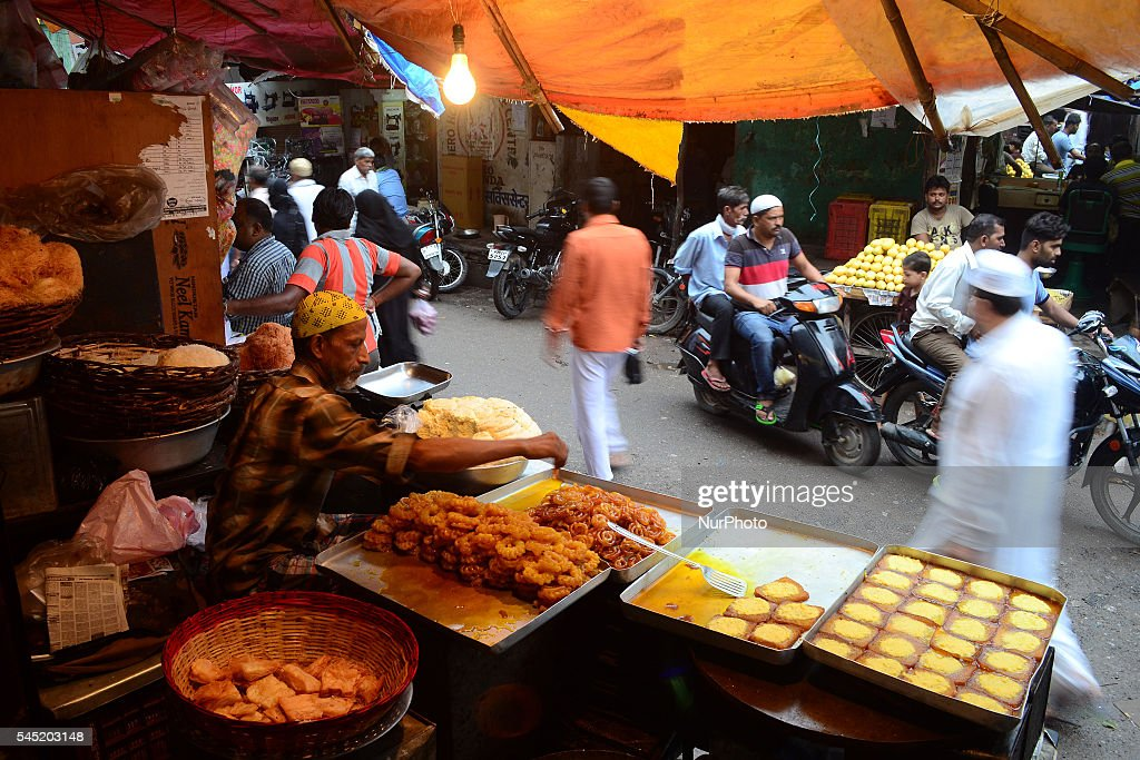 Popular Indian Eid Al-Fitr Feast - indian-muslim-sweet-seller-waits-for-customers-in-a-local-street-shop-picture-id545203148  Image_428742 .com/photos/indian-muslim-sweet-seller-waits-for-customers-in-a-local-street-shop-picture-id545203148
