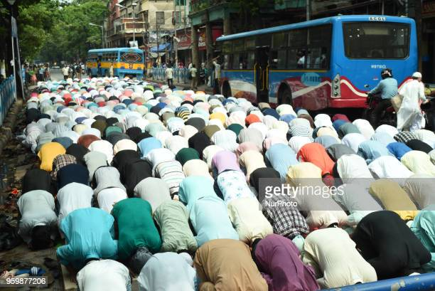 Indian Muslims pray on a city footpath on the First Friday of the holy month of Ramadan in Kolkata India Friday May 18 2018 Muslims across the world...