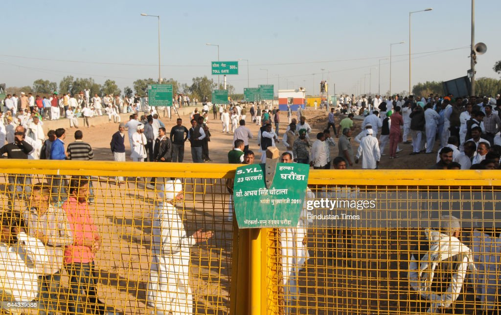 Indian National Lok Dal activists protesting over the SatlujYamuna Link canal issue at Shambhu border on February 23 2017 in Patiala India Top...