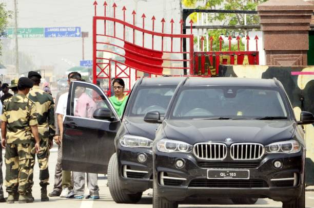 Indian national Uzma Ahmed after returning from Pakistan at Attari Border on May 25 2017 in Amritsar India Uzma Ahmed said that she was forced to...