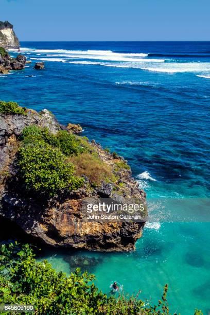 Indian Ocean waves at Uluwatu