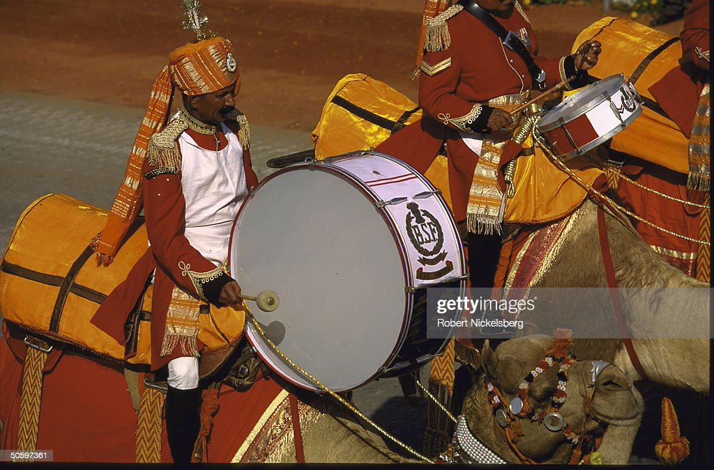 BSF Indian para-mil forces Camel Band dr : News Photo
