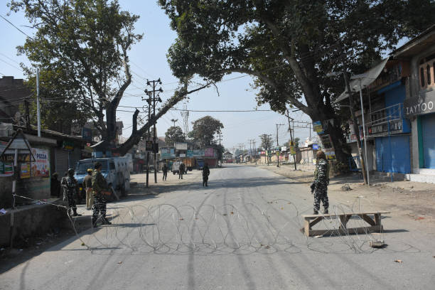 IND: Two Kashmiri Militants Killed