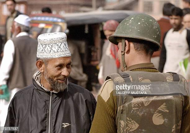 Indian paramilitary troops search Kashmiri pedestrians during a random search in Srinagar, 29 March 2007. Kashmir's chief minister Ghulam Nabi Azad...