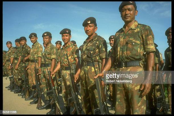Indian peacekeeping forces soldiers pulling out after 3 yrs. Of trying to end civil war, leaving port city of Trincomalee, Sri Lanka.