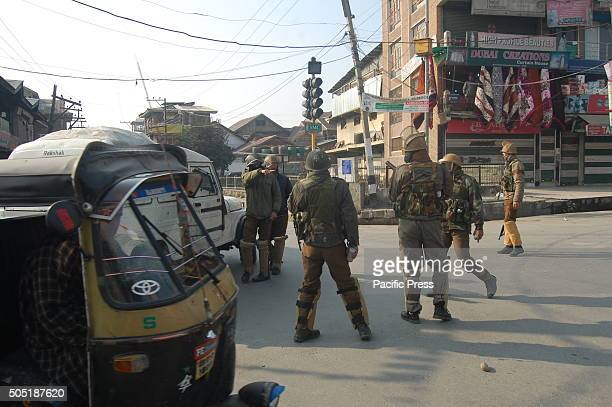 Indian police came to charge the protesters at Jamia Masjid Srinagar against human rights violation in Kashmir were dozen of protesters injured...