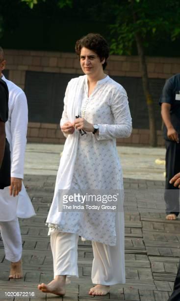 Indian Politician Priyanka Gandhi pay tribute to Former Prime Minister of India Rajiv Gandhi in New Delhi