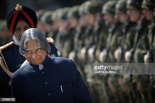 Indian president Avul Pakir Jainulabdeen Abdul Kalam reviews an honour guard 27 May 2005 in Bern Kalam is on a fourday visit to Switzerland aimed at...