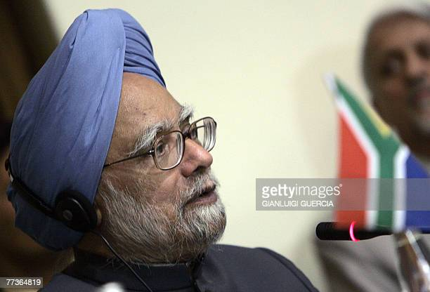 Indian Prime Minister Manmohan Singh gives a press conference togheter with Brazilian president Lula Da Silva and South African president Thabo Mbeki...