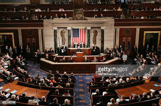 Indian Prime Minister Manmohan Singh receives applause as he addresses a joint meeting of the US Congress at the US Capitol July 19 2005 in...