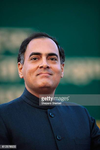 Indian prime minister Rajiv Gandhi attends a World Wildlife Fund event in New Delhi Gandhi is announcing the launch of the WWF Indias Community...