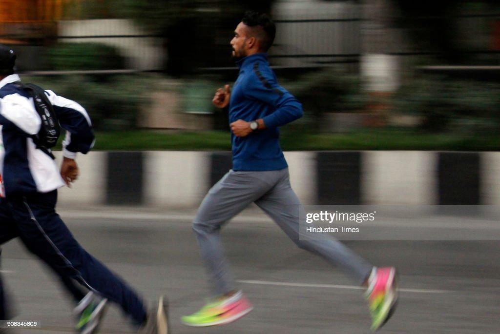 Athletes Training For Tata Mumbai Marathon