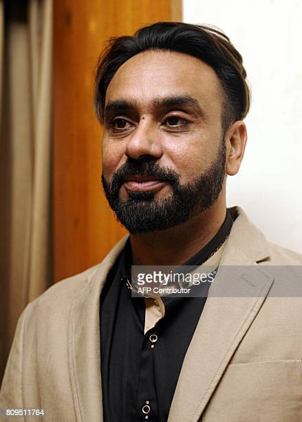 14 Babbu Maan Pictures, Photos & Images - Getty Images