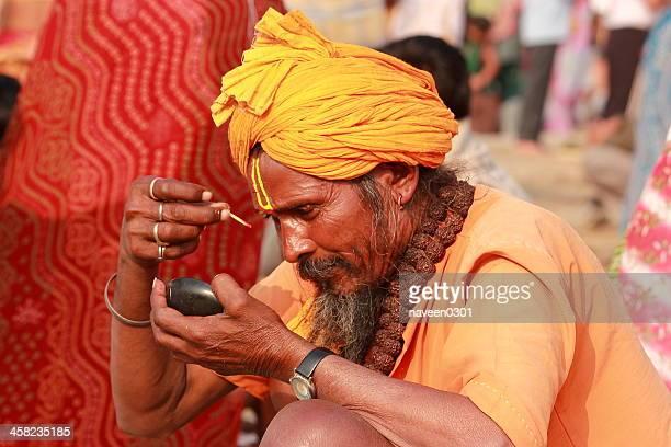 indian sadhu in kumbh mela - prayagraj stock pictures, royalty-free photos & images