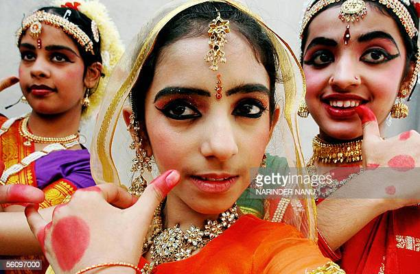 Indian schoolgirls pose as they prepare to perform the classical dance of 'Kaal Beliya at the BBK DAV College in Amritsar 05 November 2005 The...