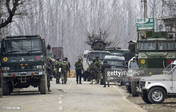 Indian security forces personnel are on manoeuvres as a gunfight with militants has happened that killed 4 soldiers in South Kashmir's Pulwama...