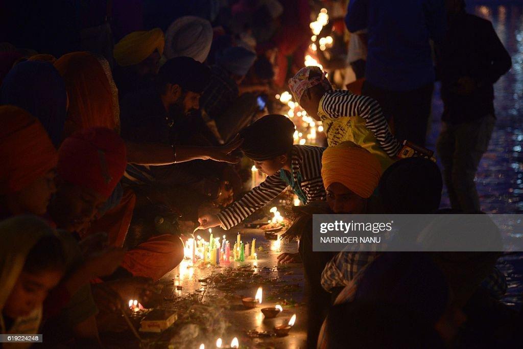 INDIA-RELIGION-SIKH-DIWALI : Fotografía de noticias