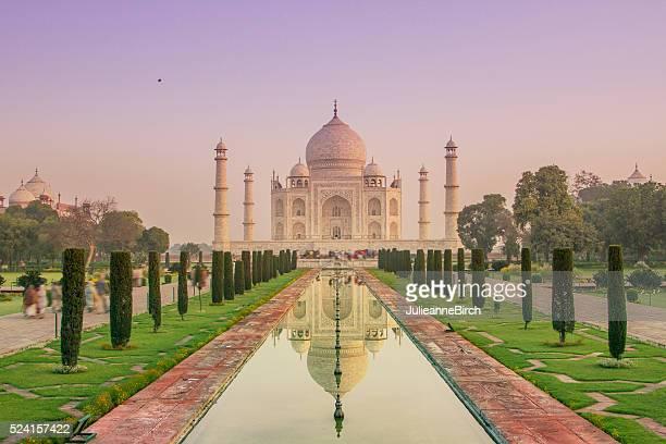Indian sky, Taj Mahal