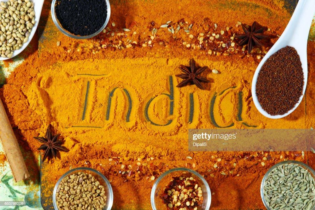 Indiska Kryddor Med Text Indien I Mitten Bildbanksbilder Getty Images