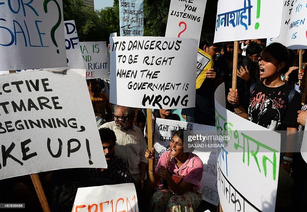 INDIA-MEDIA-PROTEST : News Photo