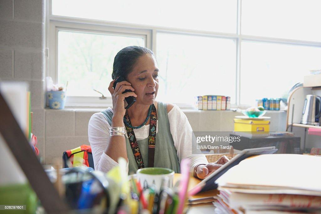 hot-teacher-cell-phone-pics-photo-coquin-couple-prive-amateur
