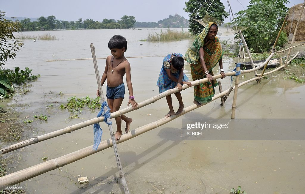 INDIA-DISASTER-FLOOD : News Photo
