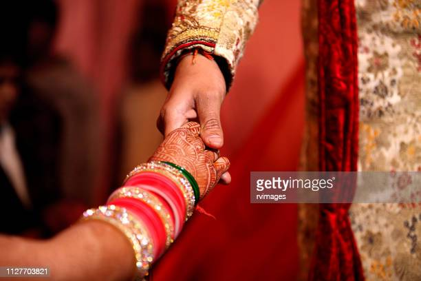 indian wedding ceremony, bride entry - hinduism stock pictures, royalty-free photos & images