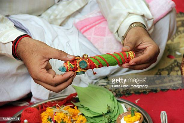 indian wedding ritual - gujarat stock pictures, royalty-free photos & images