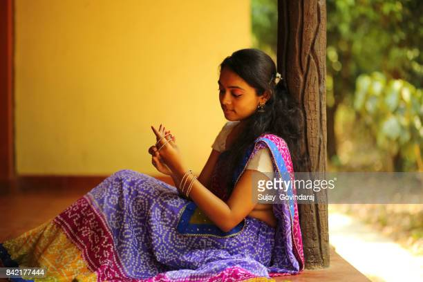 indian woman wearing bangles - bangle stock pictures, royalty-free photos & images