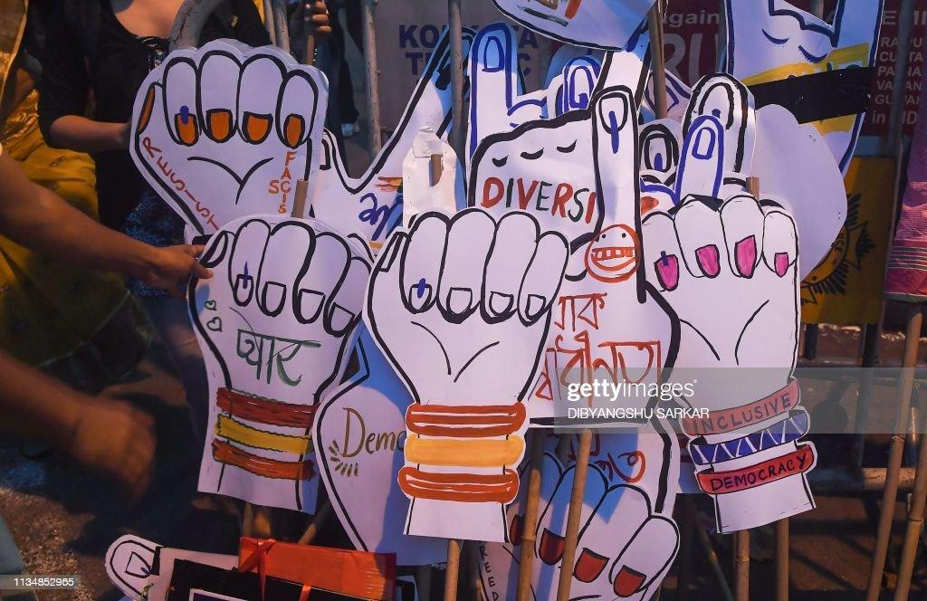 TOPSHOT-INDIA-POLITICS-ELECTION-LGBT : Nachrichtenfoto