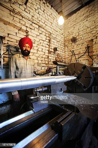 indian workers: lathe work - punjab india stock pictures, royalty-free photos & images