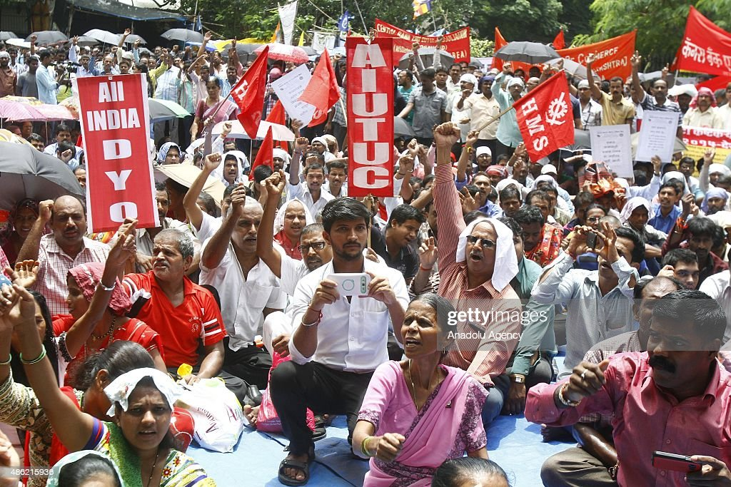 Indian unions stage nationwide strike over labor laws in Mumbai : News Photo