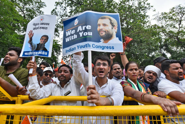 IND: IYC Activists Demands To Congress President Rahul Gandhi Not To Leave The Post Of Party President