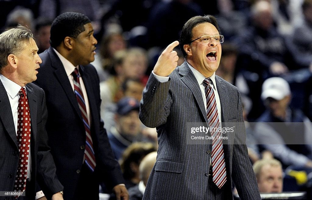 Indiana basketball head coach Tom Crean yells to his players during action against Penn State on Saturday, Jan. 11, 2014, at the Bryce Jordan Center in University Park, Pa. Indiana won, 79-76.