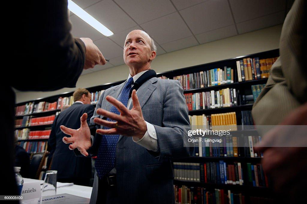 USA - Politics - Indiana Governor Mitch Daniels : ニュース写真