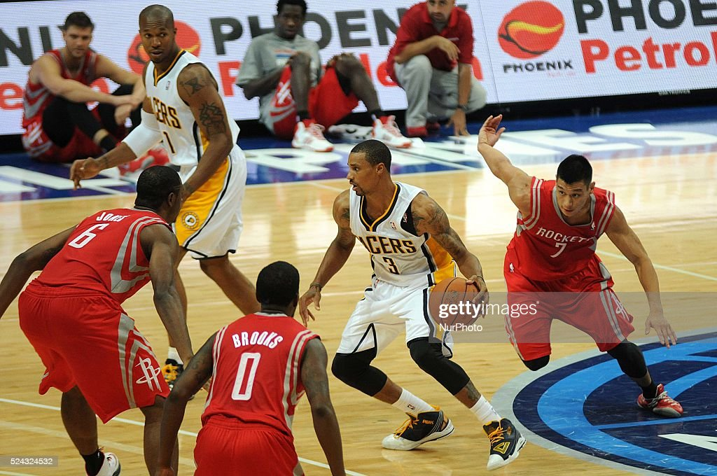 NBA Global Games Philippines 2013 - Houston Rockets beat Indiana Pacers 116-96 : News Photo
