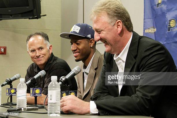 Indiana Pacers head coach Jim O'Brien has some fun with first round pick Paul George along with Pacers President of Basketball Operations Larry Bird...
