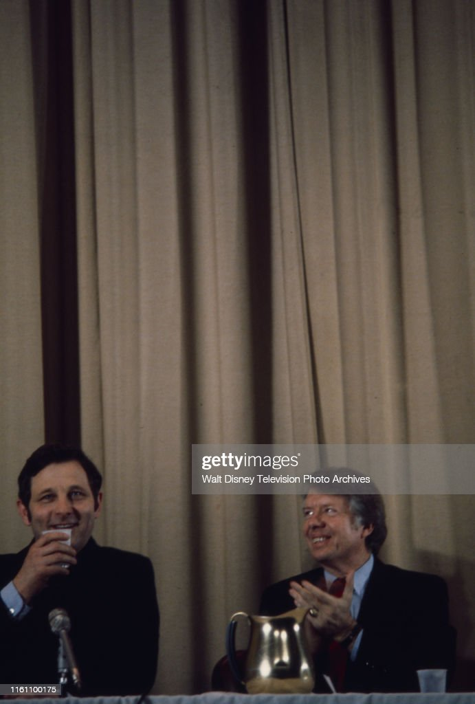 Birch Bayh, Jimmy Carter During 1976 New Hampshire Presidential Primary : News Photo