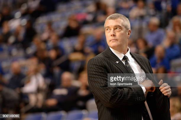 Indiana State Sycamores head coach Greg Lansing looks on during the Missouri Valley Coference college basketball game between the Northern Iowa...