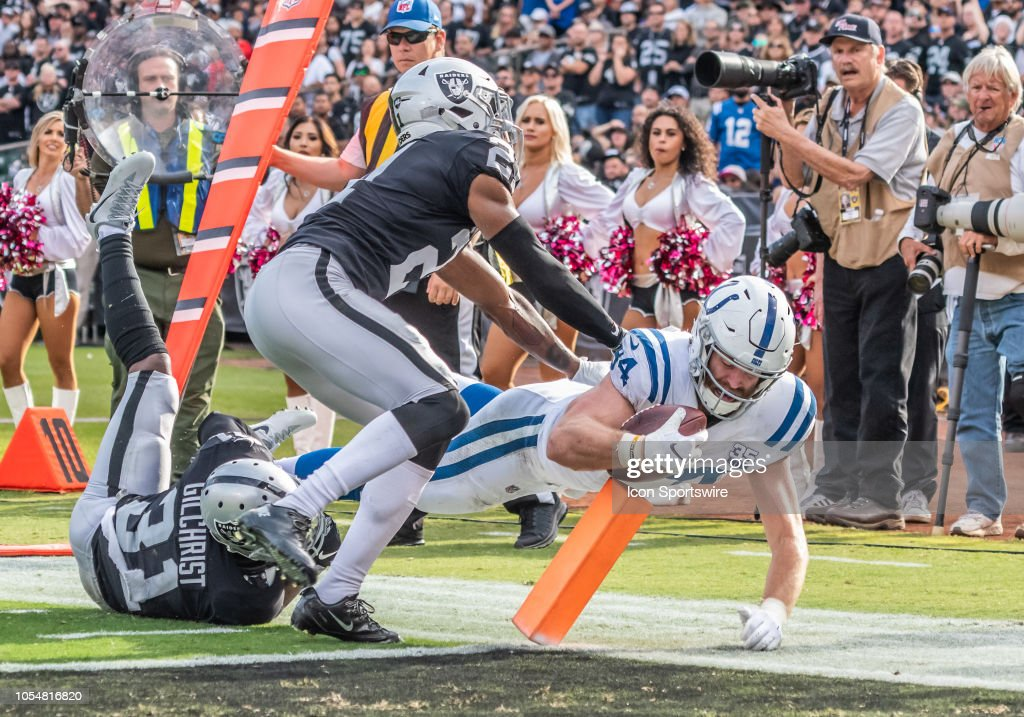 NFL: OCT 28 Colts at Raiders : News Photo