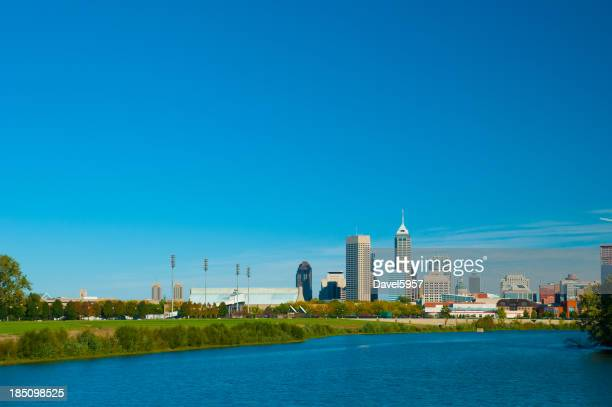 Indianapolis skyline and River (wide angle)