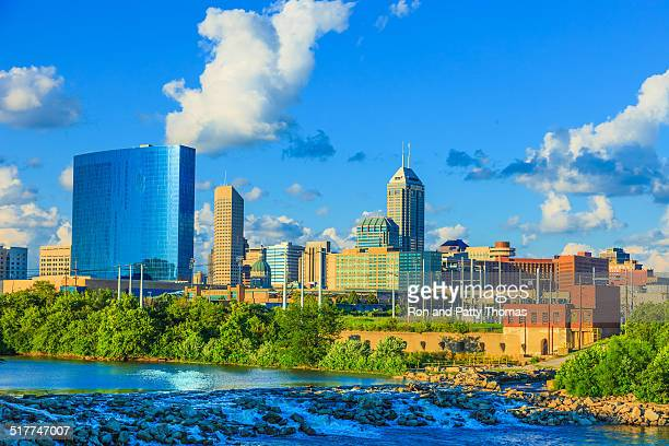 indianapolis skyline, indiana - indiana stock pictures, royalty-free photos & images