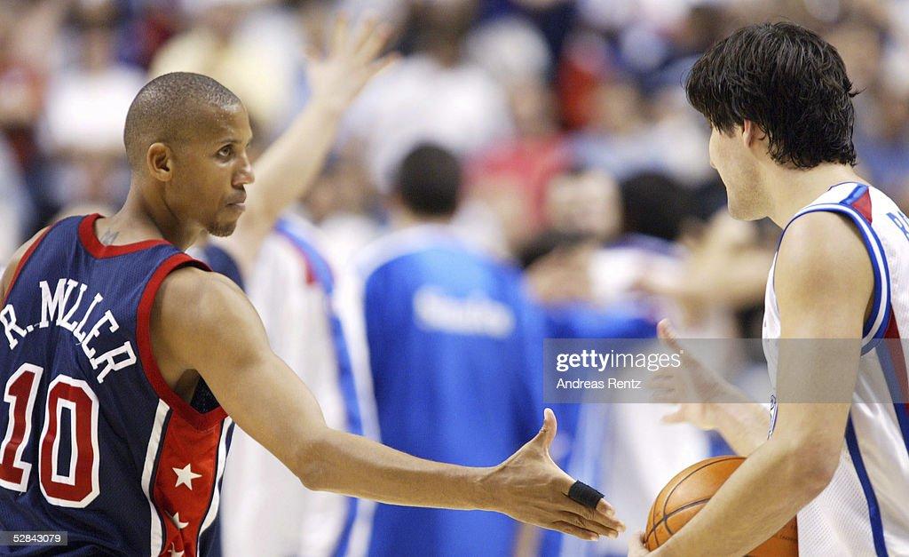 BASKETBALL/MAENNER: WM 2002, USA - YUG 78:81 : News Photo