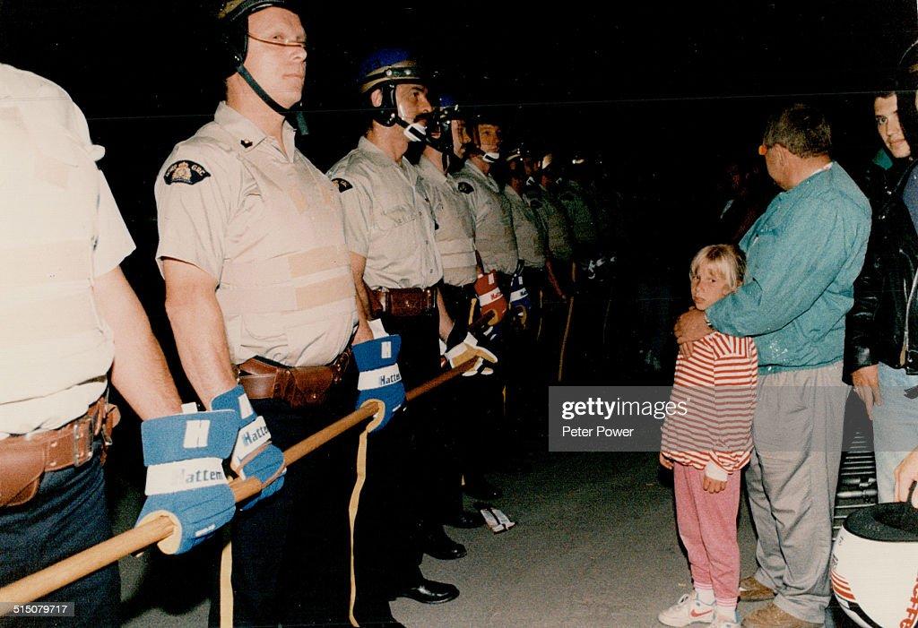 Indians - Canada - Tribes - Mohawk - Oka - 1990 News Photo - Getty