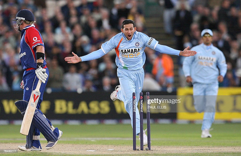 India's Ajit Agarkar celebrates bowling England's Ian Bell during their One Day International cricket match at Old Trafford, Manchester, north-west England, 30 August 2007.